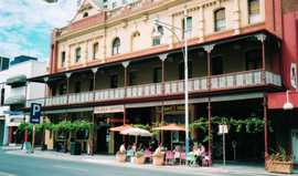 Plaza Hotel - Phillip Island Accommodation