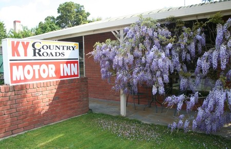 KY COUNTRY ROADS MOTOR INN