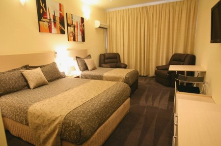 Adelaide Granada Motor Inn - Phillip Island Accommodation