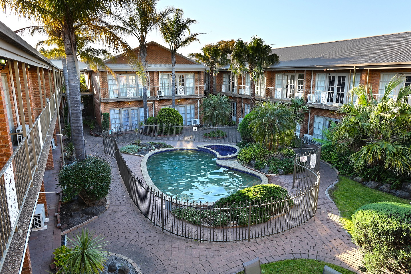 Quality Hotel Melbourne Airport - Phillip Island Accommodation