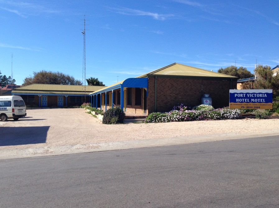 Port Victoria Hotel Motel - Phillip Island Accommodation