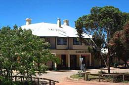 Hawker Hotel Motel - Phillip Island Accommodation