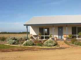 Vintage Charm - Phillip Island Accommodation