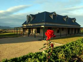 Abbotsford Country House - Phillip Island Accommodation
