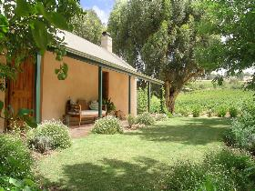 Seppeltsfield Vineyard Cottage - Phillip Island Accommodation