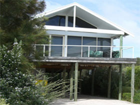 Sheoak Holiday Home - Phillip Island Accommodation