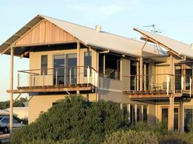 Tipara - Phillip Island Accommodation