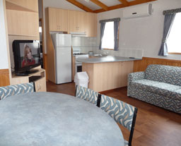 Victor Harbor Holiday and Cabin Park - Phillip Island Accommodation