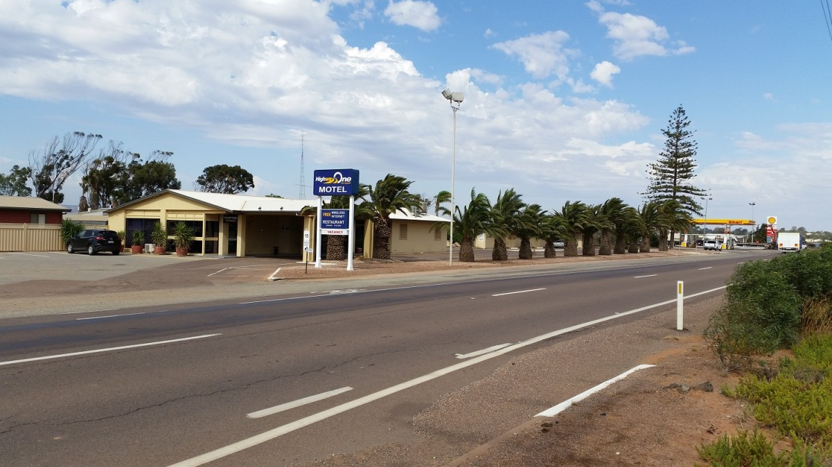 Highway One Motel Port Augusta - Phillip Island Accommodation