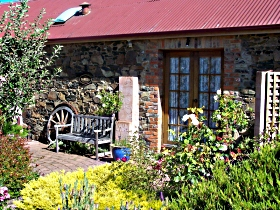 Evandale Stables Accommodation - Phillip Island Accommodation