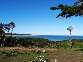 Three Hummock Island - Phillip Island Accommodation