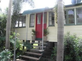 The Red Ginger Bungalow - Phillip Island Accommodation