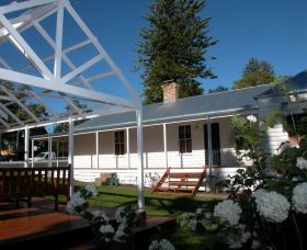 The Cottage - Berry - Phillip Island Accommodation