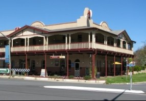 The Royal Hotel Adelong - Phillip Island Accommodation