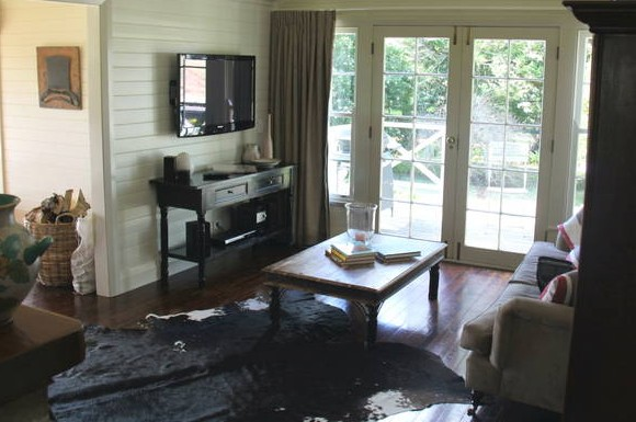 Book Barn Cottage - Phillip Island Accommodation
