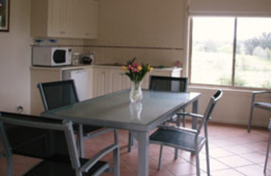 Burns B and B and Yabby Farm - Phillip Island Accommodation