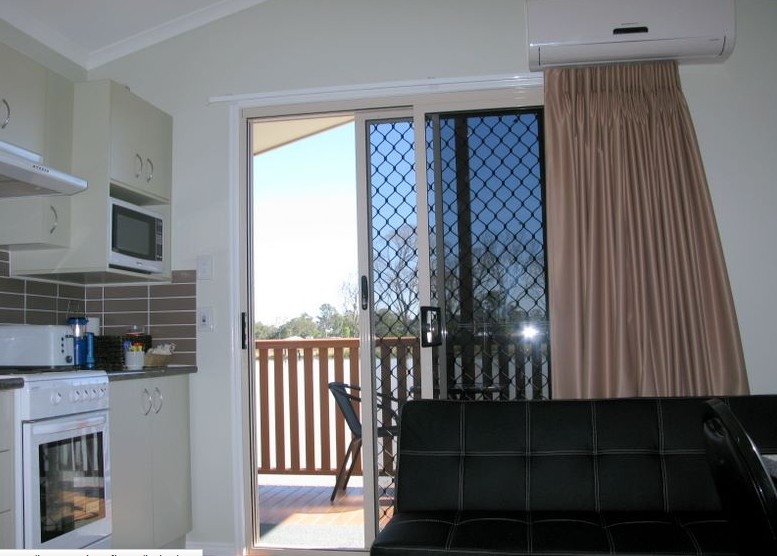 Flame Lily Adventures - Phillip Island Accommodation