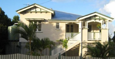 Eco Queenslander Holiday Home and BB - Phillip Island Accommodation