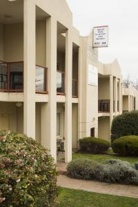 Hawthorn Gardens Serviced Apartments - Phillip Island Accommodation