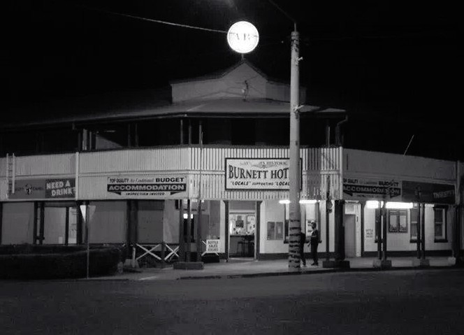 Burnett Hotel - Phillip Island Accommodation