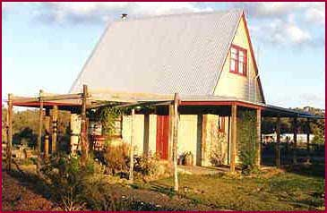 Elinike Guest Cottages - Phillip Island Accommodation
