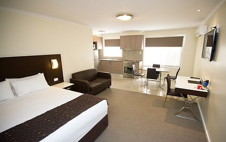 Country Comfort Premier Motel - Phillip Island Accommodation