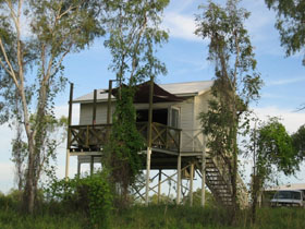 Fitzroy River Lodge - Phillip Island Accommodation