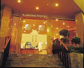 Aarons Hotel - Phillip Island Accommodation