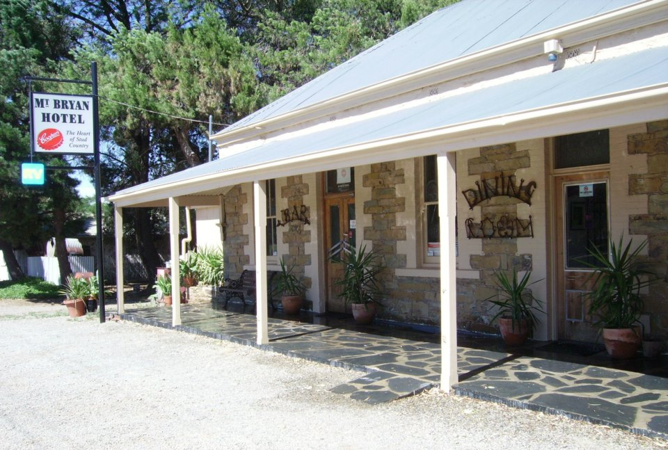 Mount Bryan Hotel - Phillip Island Accommodation