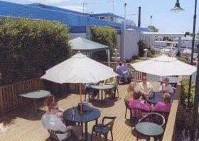 Top Of The Town Hotel - Phillip Island Accommodation
