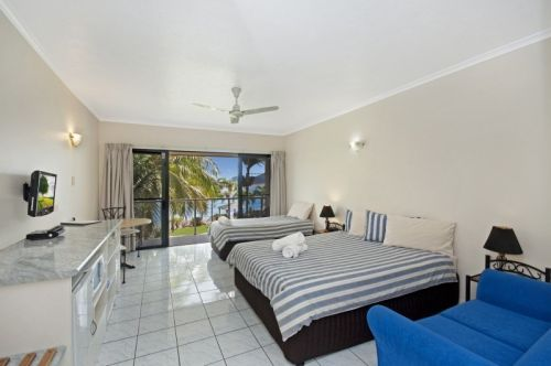 Hinchinbrook Marine Cove Motel - Phillip Island Accommodation