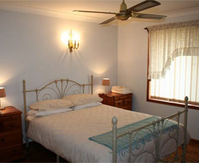 Caits Cottage Bed And Breakfast - Phillip Island Accommodation