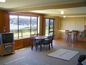 Authur River Beach House - Phillip Island Accommodation