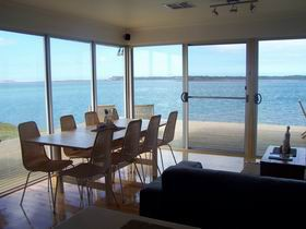 Coorong Beach House - Phillip Island Accommodation