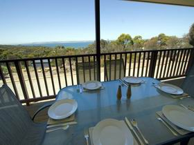 American River Water View Cottage - Phillip Island Accommodation