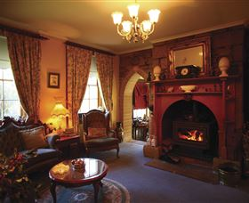 Oatlands Lodge Colonial Accommodation - Phillip Island Accommodation