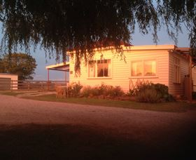 Fairview Bed and Breakfast Cottage - Phillip Island Accommodation