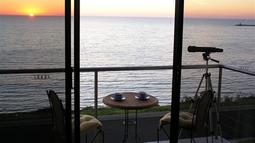 Clifftop Accommodation Portland Victoria - Phillip Island Accommodation
