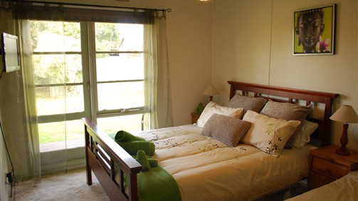 Manners in Mulwala - Phillip Island Accommodation