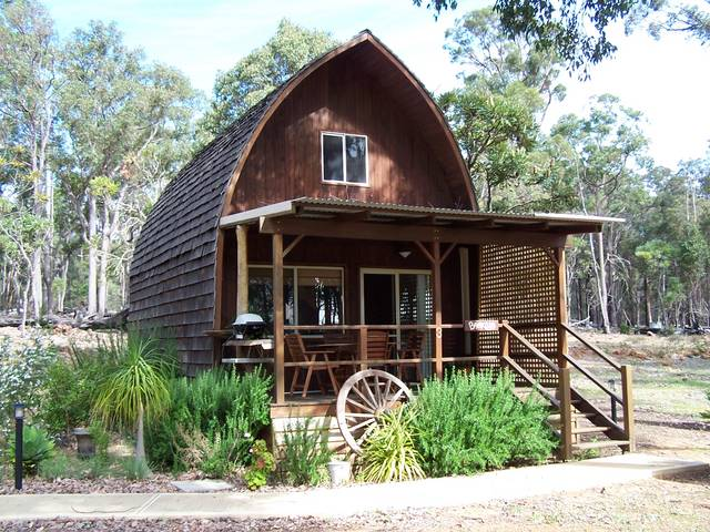 Jarrah Glen Cabins - Phillip Island Accommodation