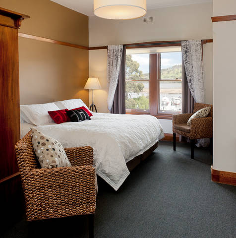 Kermandie Hotel  Marina - Phillip Island Accommodation