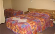 Wagon Wheel Motel and Units - Coonabarabran - Phillip Island Accommodation