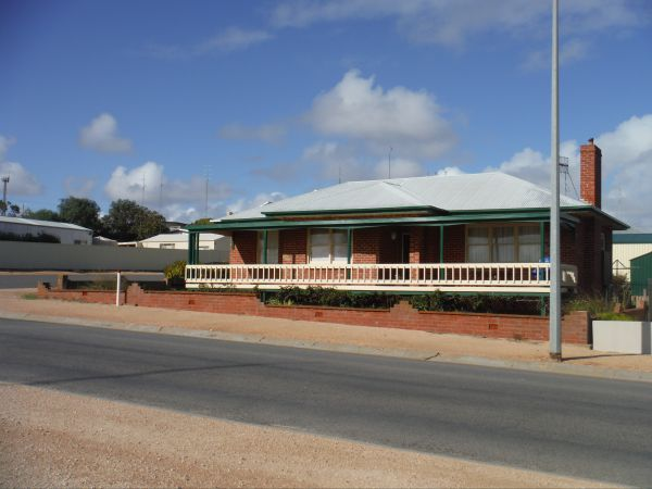 Sea Crest - Phillip Island Accommodation