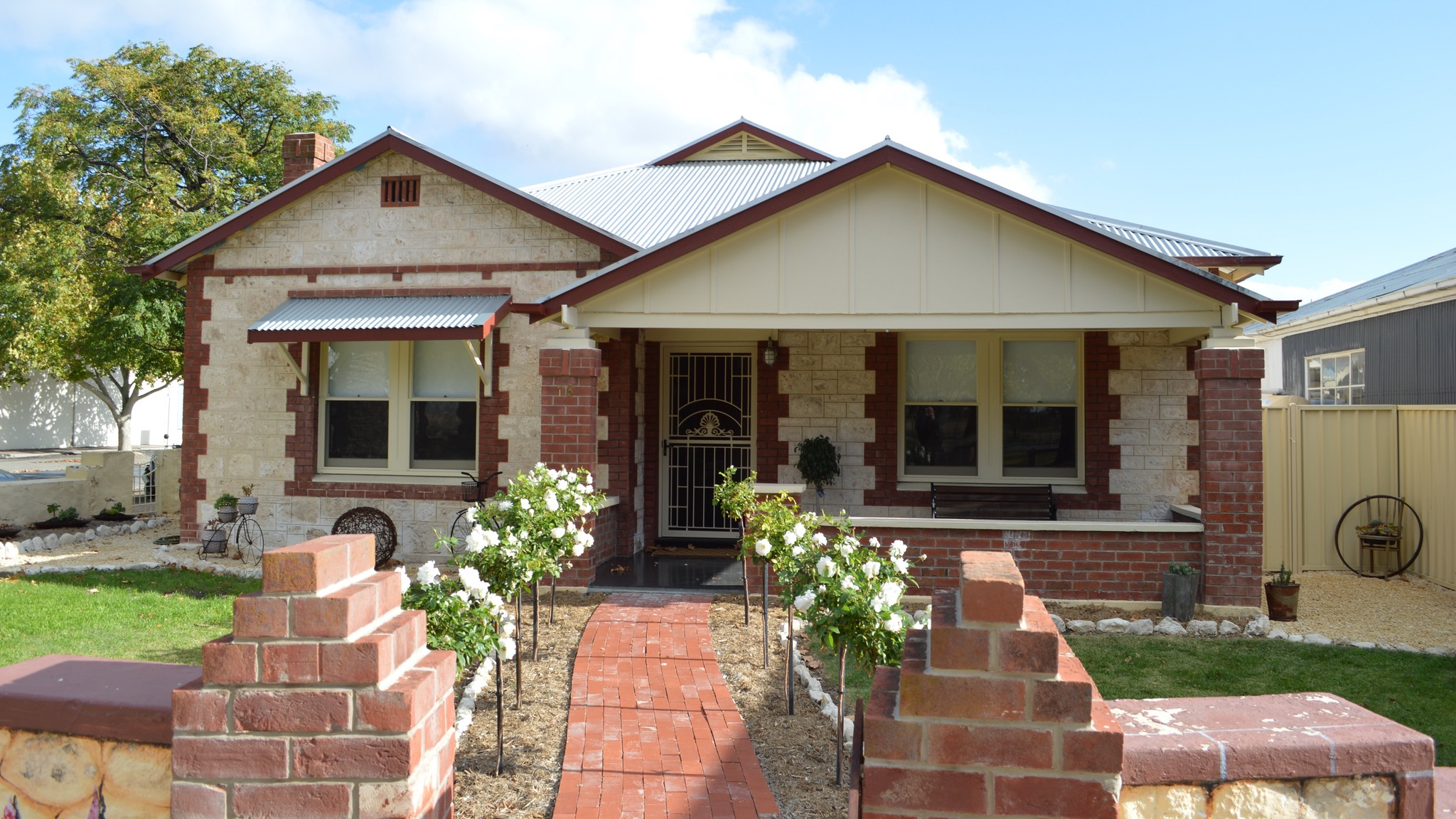 Two Cow Cottage Bed and Breakfast - Phillip Island Accommodation