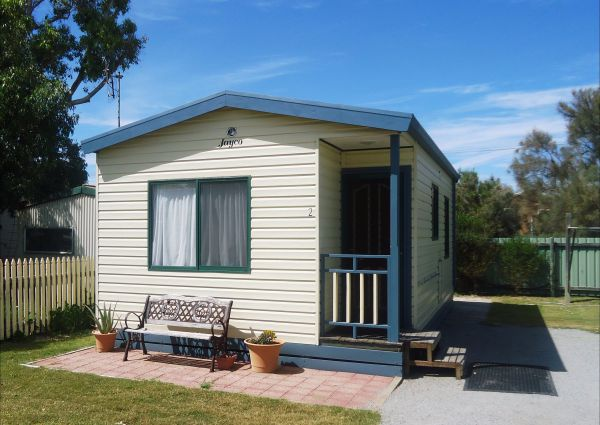 Elliston Waterloo Bay Tourist Park - Phillip Island Accommodation