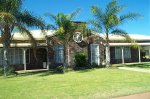 Castlereagh Lodge Motel - Phillip Island Accommodation