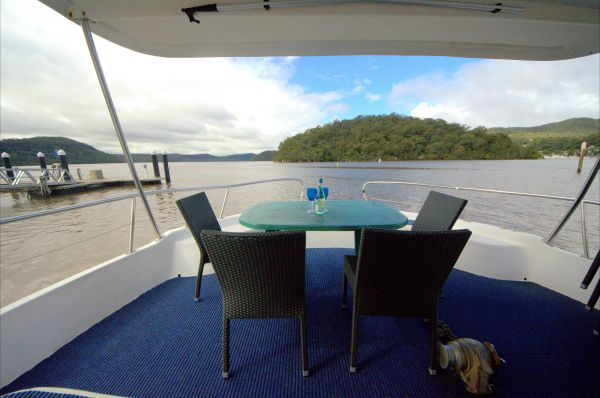 Luxury Afloat Hawkesbury River and Brooklyn - Phillip Island Accommodation