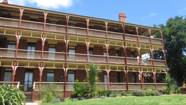 Yarra House - Phillip Island Accommodation
