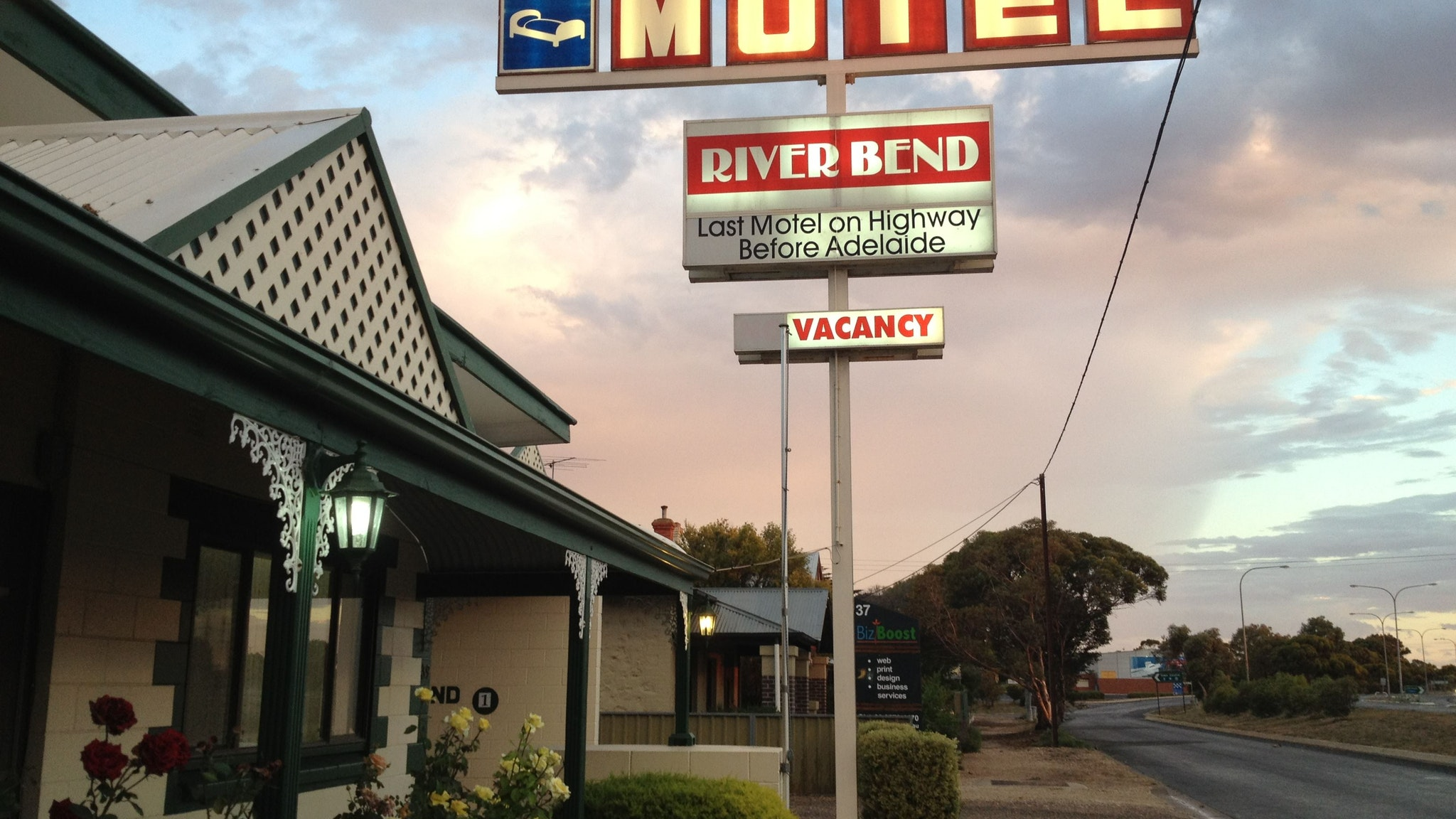 Motel Riverbend
