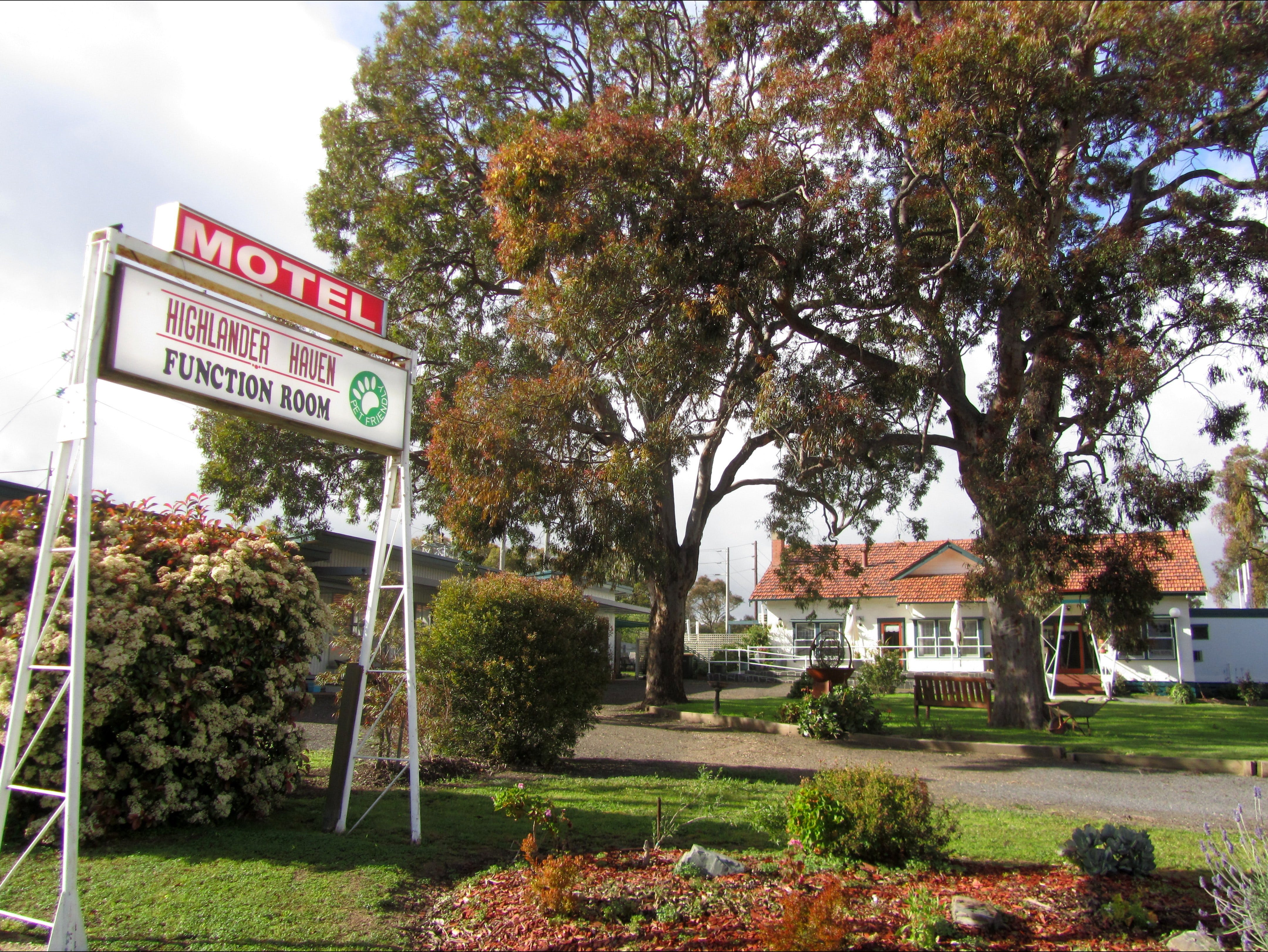 Highlander Haven Motel and Function Centre - Phillip Island Accommodation